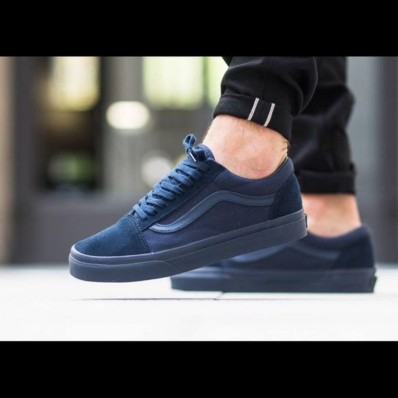 d31bfab3f4e Vans Mono Old Skool Navy Sneakers- size 6.5 women